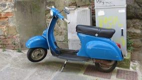 Italiaanse Vespa-autoped Stock Fotografie