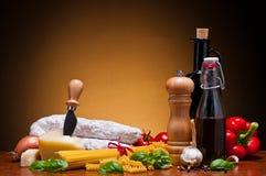 Italiaanse voedselingrediënten Royalty-vrije Stock Fotografie