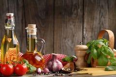 Italiaanse voedselingrediënten Stock Foto
