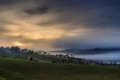 Italian countryside foggy landscape Royalty Free Stock Images