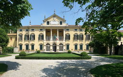 Italian Mansion. Villa Sigurta, built by Count Sigurtà, is located in the town of Valeggio sul Mincio, in the Verona Province. The mansion is located right next Stock Images