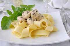 Italian pasta - Pappardelle with chicken fillet in a creamy sauc Royalty Free Stock Images