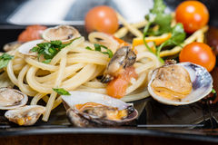 Italian spaghetti and clams Royalty Free Stock Image