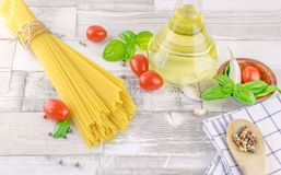 Italian spaghetti pasta and fresh ingredients Stock Photo