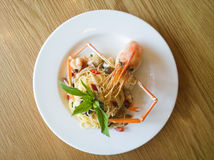 Italian spaghetti pasta and fresh spicy shrimps Royalty Free Stock Photography