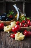 Italian spaghetti with prawns and parsley Stock Photos