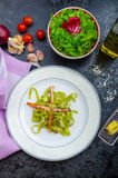 Italian spinach pasta with organic garlic Royalty Free Stock Photography