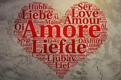 Italiano: Amore Il cuore ha modellato l'amore della nuvola di parola, fondo di lerciume Fotografia Stock Libera da Diritti
