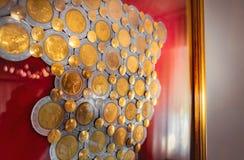 Italiano del fondo di collezionismo di monete 500 Lire di contesto numismatico del collettore fotografia stock libera da diritti