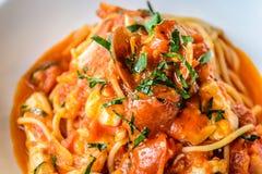 Italiano do marinara dos espaguetes do marisco com moluscos e Fotos de Stock Royalty Free