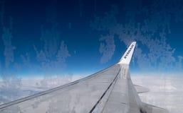 """ITALIEN †""""FEBRUARI 18: Sikt från RYANAIR FLYGBOLAG Boeing 737 på Febru Royaltyfria Foton"""