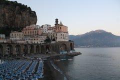 Italien Amalfi feriesemesterort Arkivbild