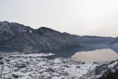Italien, Brescia - See Idro schneebedeckt Stockbilder