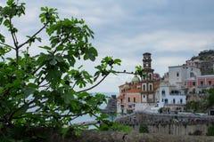 Italien, Campagnia-Region, Amalfi-Küste die Stadt von Atrani Italienische Feiertage Lizenzfreie Stockfotografie