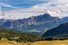 Italien-Dolomit moutnain - Passo di Giau in S?d-Tirol lizenzfreie stockfotos