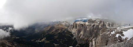 Italien Dolomites, Sass Pordoi Royaltyfri Bild