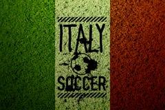 Italien-Flaggenfußball-Grasbeschaffenheit Lizenzfreie Stockbilder
