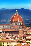 Italien. Florence. Domkyrka Santa Maria del Fiore. Landskap i en solig dag Arkivbild