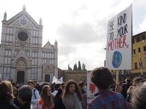 Italien Florence, 15 marsch 2019, fredagar för framtid, sparar planeten royaltyfri bild