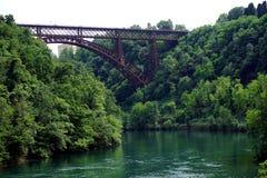 Italien, Lombardei, entlang dem Adda-Fluss, die Brücke von ` Adda Paderno d Lizenzfreies Stockfoto