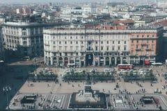 Italien Milan, April 6, 2018: Sikt av den huvudsakliga fyrkanten av Milan arkivbilder