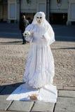 ITALIEN - 23. NOVEMBER: Straßenkünstler-Pantomimefoto eingelassen: 2 Lizenzfreies Stockfoto