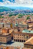 Italien piazza Maggiore i gammal stad för Bologna royaltyfria bilder