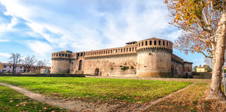 Italien-Schlossherbst Rocca Sforzesca Imola Bologna Emilia Romagna lizenzfreie stockfotos