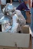 ITALIEN - SEPTEMBER 23: Foto för gatakonstnärpantomim som tas i: Royaltyfri Fotografi
