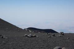 Italien Sicilien, stigning av den Etna vulkan royaltyfria bilder