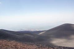 Italien Sicilien, stigning av den Etna vulkan royaltyfri fotografi