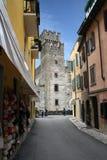 Italien Sirmione, torn Royaltyfri Foto