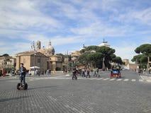 Italien sithseeingen av Rome med segway Arkivbilder
