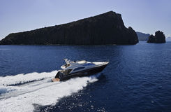 Italien, Sizilien, Luftaufnahme der Luxuxyacht Lizenzfreies Stockbild