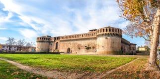 Italien slotthöst Rocca Sforzesca Imola Bologna Emilia Romagna royaltyfria foton
