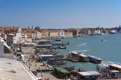 Italien Venezia fönstersikt Arkivbilder
