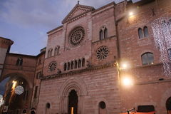 Italienarekyrka i jultid vid natt Arkivfoton