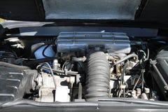 Italiener trägt Automotor zur Schau Lizenzfreies Stockbild