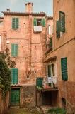 Italienische alte Nachbarschaft Stockfotografie