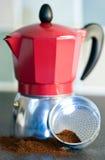 Italienische Art-Kaffeemaschine Lizenzfreies Stockfoto