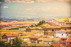 Italienische Dachspitzenstadt des Süd-Italien-Dorfweinleseblickes lizenzfreie stockfotos