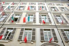 Italienische Fenster in Turin Lizenzfreie Stockfotos