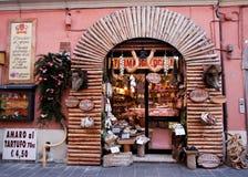 Italienische Gemischtwarenladen Stockfotos