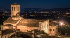 Italienische Kirche nachts Stockbild