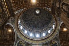 Italienische Kirchen-Architektur stockfotografie