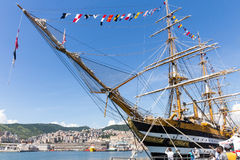 Italienische Marine-Schiff, Amerigo Vespucci Lizenzfreie Stockfotos