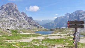 Italienische Natur, Gedächtnisse Dolomiti und des milion lizenzfreie stockfotos
