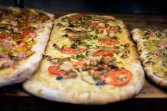 Italienische Pizza lizenzfreie stockbilder