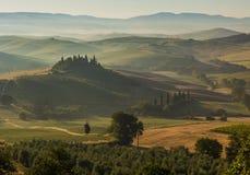 Italienische Region Toskana, Morgenlandschaft stockbild