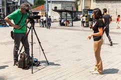Italienische Reporter vom Kanal Rai-Nachrichten 24 Stockfoto